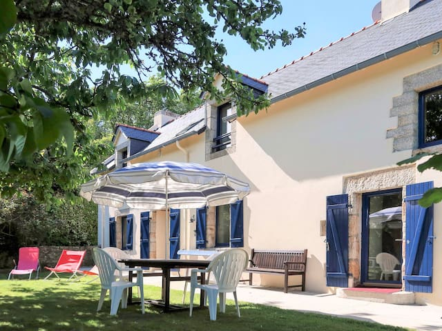 180 m² Holiday home in Nevez