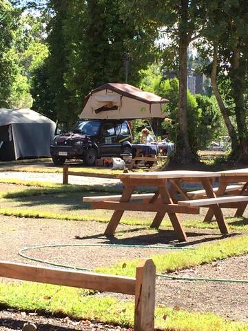 Zona de Camping cada sitio tiene electricidad y Wife