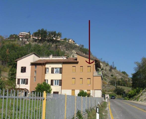 Luminoso appartamento alle porte di Urbino
