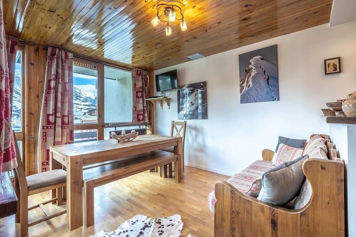 ISR23 - Superbe appartement, centre ville,  proche pistes et commerces.