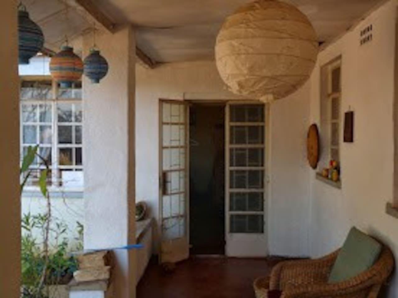 Takulandirani Ku Kunjumba Biriwira = Welcome tO the G-Rien House