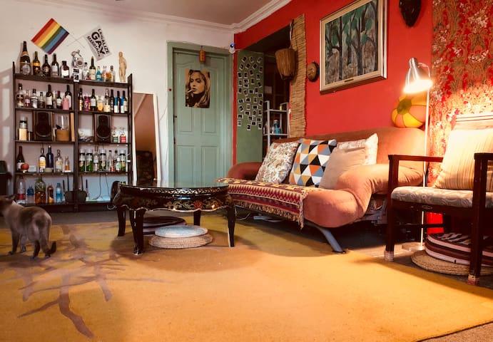 临798、中央美院艺术区的Dark bed(有房!!)