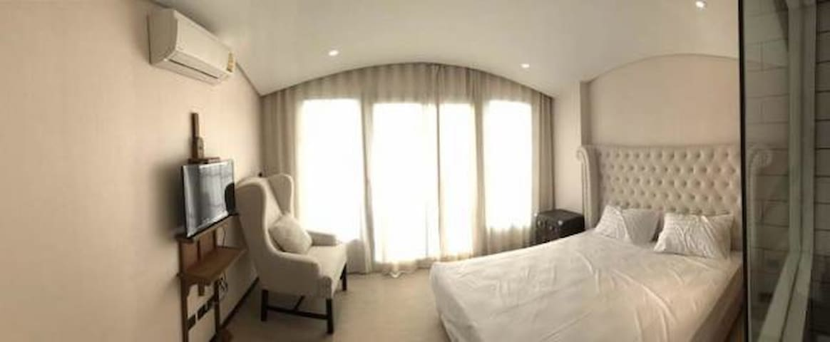 The venetian Pattaya room802