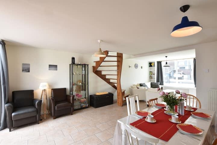 Belle maison de vacances au bord de la plage à Breskens