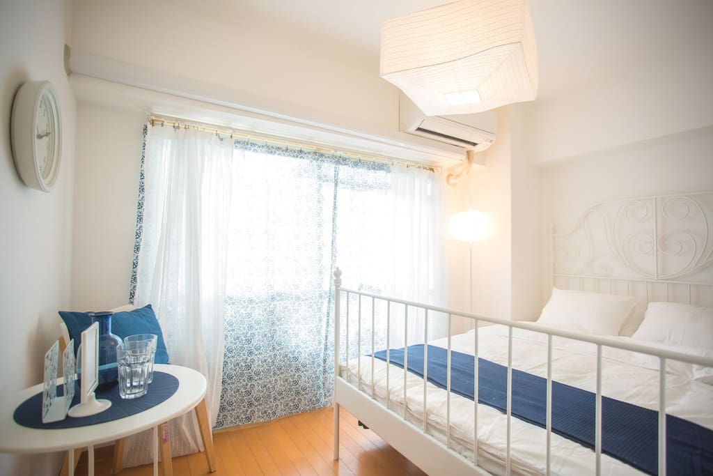 乳白花紋窗簾/white lace curtain
