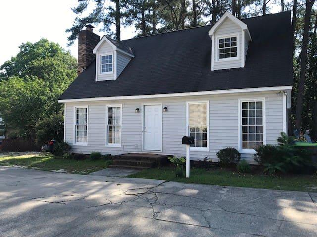 Cozy Home in Heart of Lexington