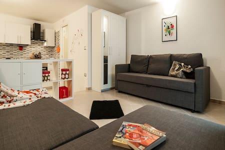 """ CARIDDI  LOFT "" – Smart comfy space @ Sperlonga - Sperlonga - Loft"