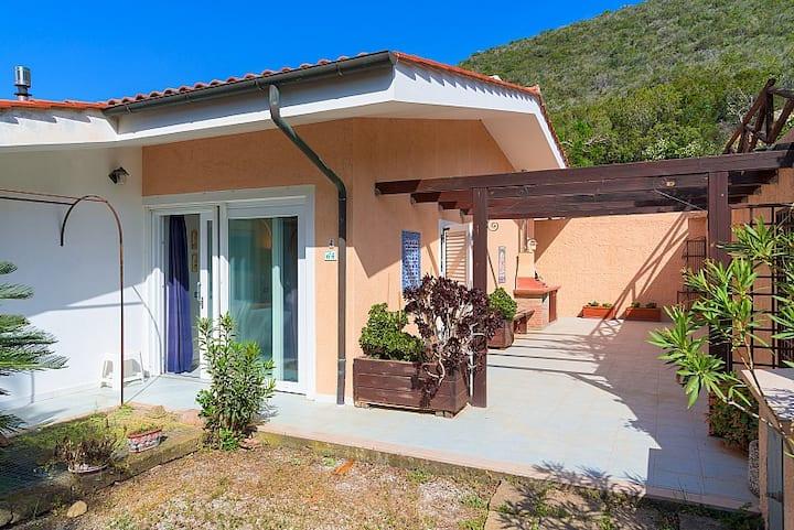 Appartamento Poggio Al Sole, near Lacona