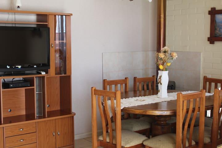 Casa central y muy bien equipada en Pucón - Pucon - Ev