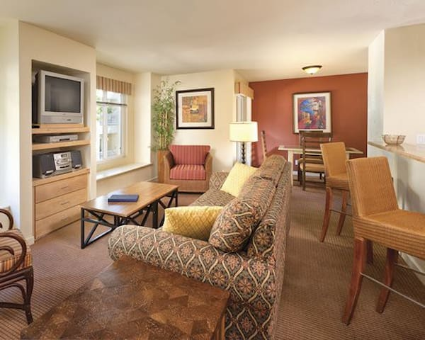 LOVELY 2bdrm suite at Wyndham Tropicana