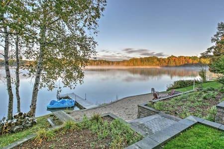 4BR Barryton House w/Direct Lake Access! - Barryton - Hus
