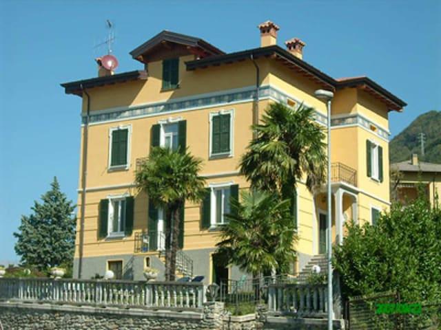 villa dell'ottocento - Dervio - Bed & Breakfast