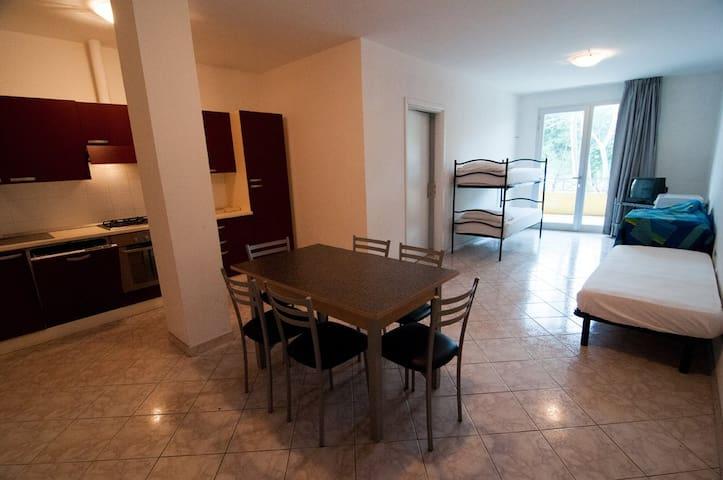 Appartamento 2 Igea Marina centro a 200m dal mare - Igea Marina - Apartment