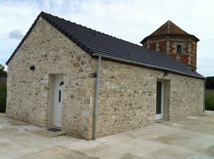 CLOVIS caratère Cottage in St Remy
