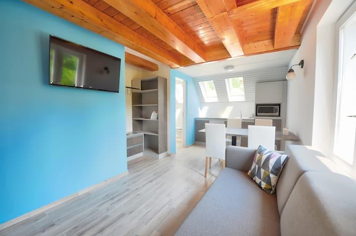 Villa Oliver 3 - Split level Apartment w Balcony