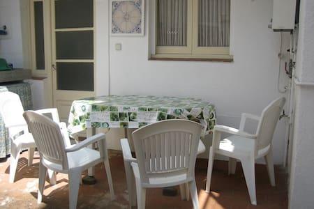 Casa céntrica en Arenys de Mar. - Arenys de Mar - บ้าน