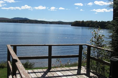 Quiet 2 bedroom lakefront cabin - Lake Clear