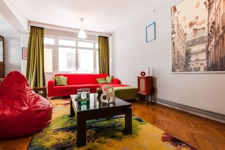 Ankaranin da merkezindeki eviniz - kızılay - Apartament