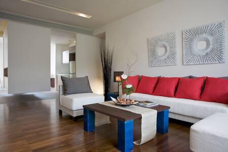 Luxury 2 Bedroom Suite (R12) - Tambon Hang Dong
