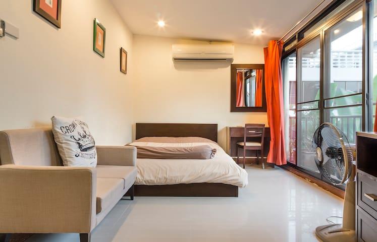 9. Bangkok Mini Stylish Studio 205