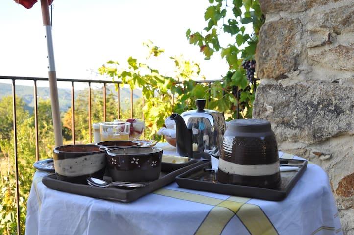 A l'Ombre des Etoiles - Chambon - Dům pro hosty