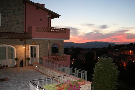Your B&B in the hills of tuscany - Reggello