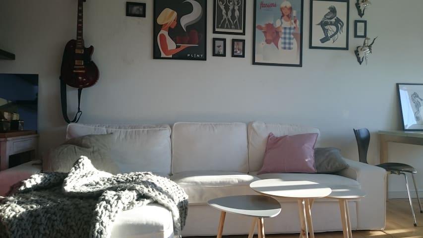 Creative apartment in family area - Gentofte - Lägenhet