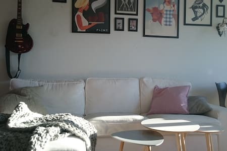 Creative apartment in family area - Gentofte - Appartement