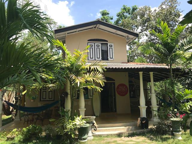 Villa Coconut twin room 2
