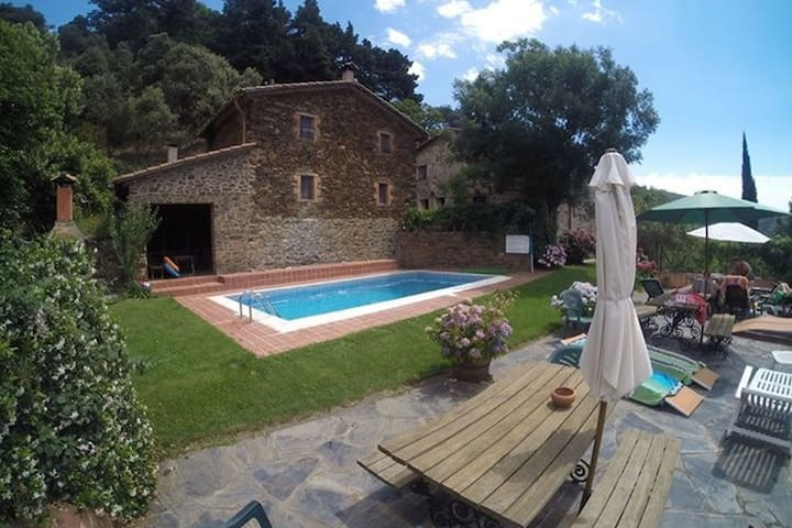 Authentic country house with swimming pool in nature park Montseny.