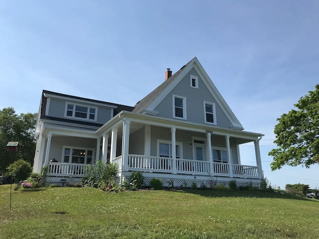 Oceanview LaHave Vacation Home