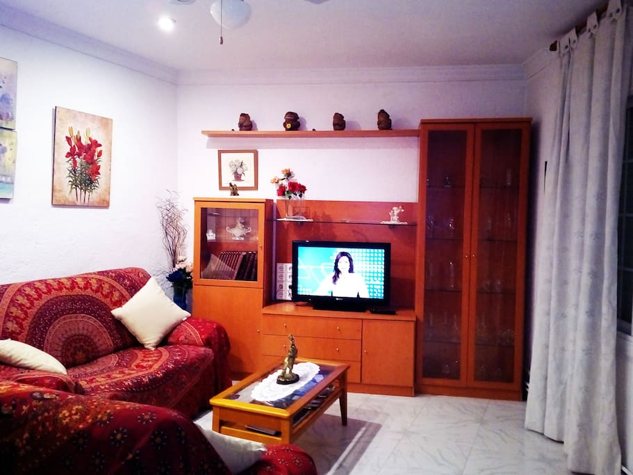 Sala de estar, television Hifi....