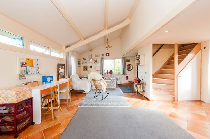 cosy holiday home near the sea  - Egmond aan den Hoef - Srub