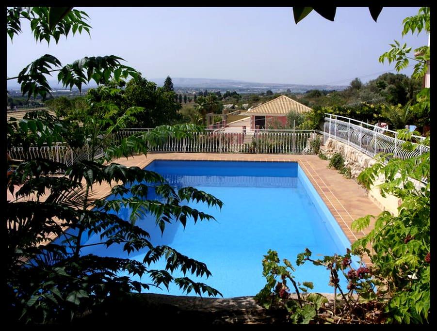 Panorama visto della piscina