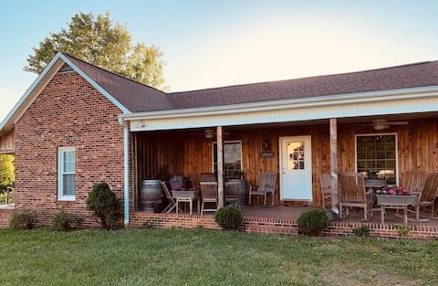 The Olde Farmhouse at Carolina Heritage Vineyard
