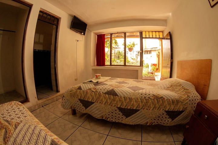 Hostal San Carlos / Habitación 107