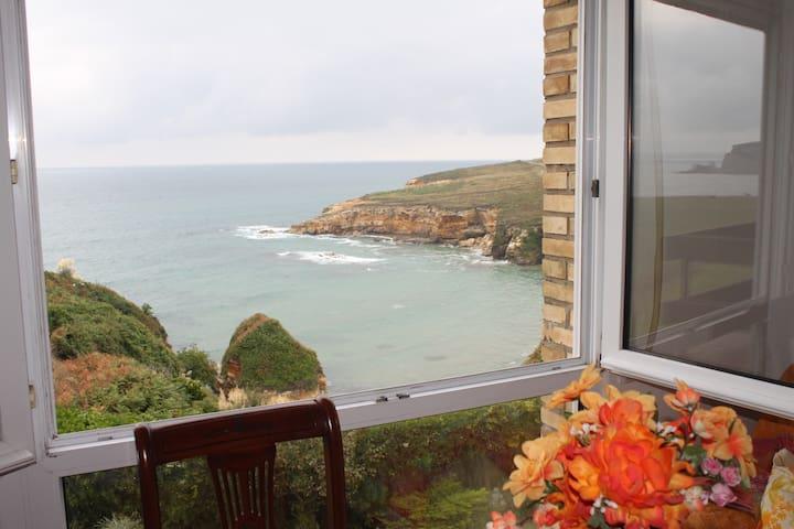 Egonaldi lasaia itsasoari begira - Galizano - Apartment