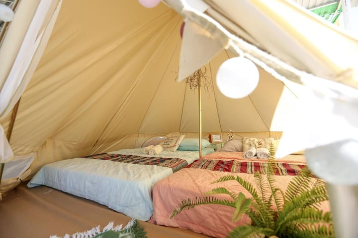 Bell tent accomodation for 4 people !