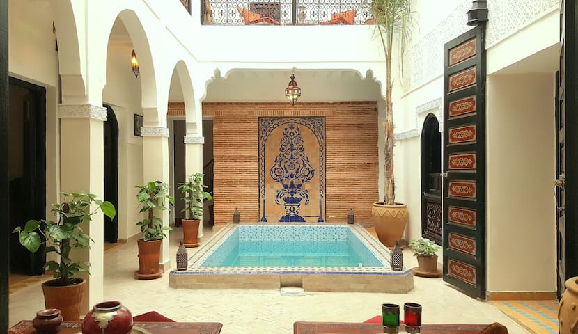 *Riad Shukran - B&B Room Kamar* - Medina Marrakesh - Bed & Breakfast
