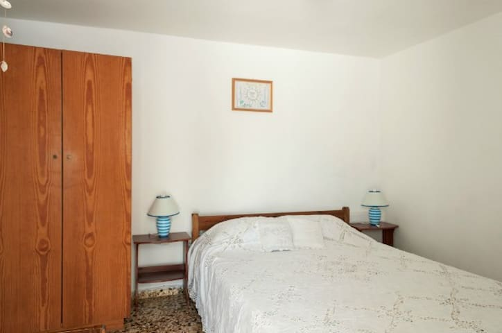 Andriani's Guest House, Single room - Míkonos - Bed & Breakfast