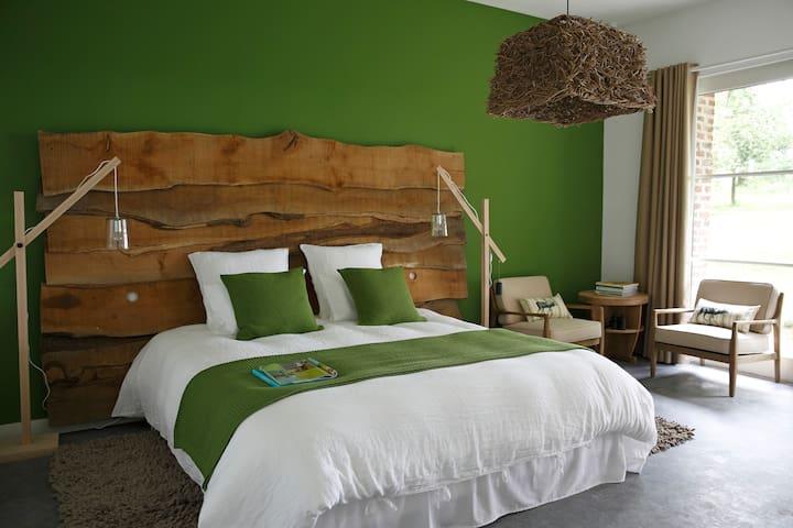 UN MATIN DANS LES BOIS Chambre 1 - Loison-sur-Créquoise