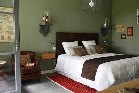 UN MATIN DANS LES BOIS Chambre 2 - Loison-sur-Créquoise