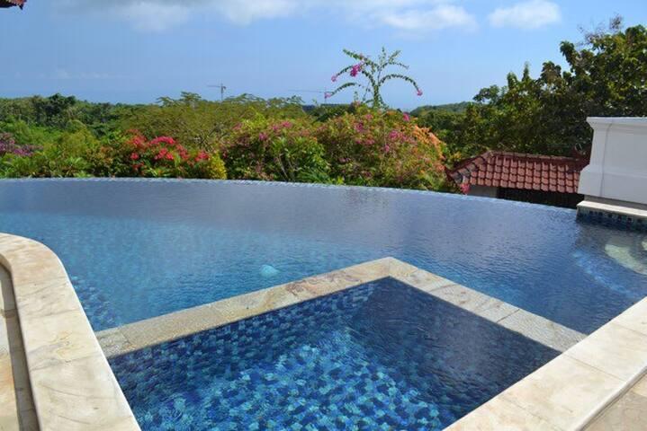 """""""Dream View"""" studio villa"""