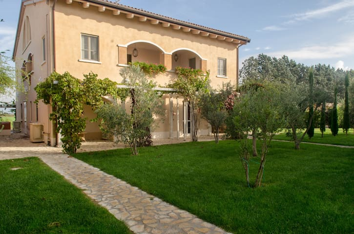 COUNTRY SUITE GUADALUPE IN MAREMMA - Braccagni - House