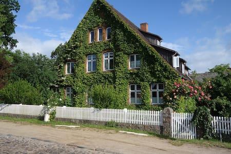 Gemütliche Premium Öko Wohnung in Resthof