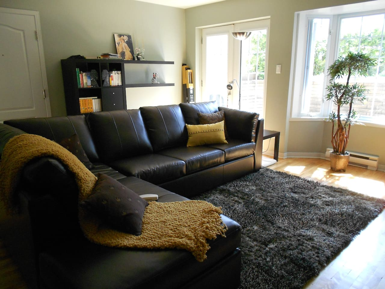 Cozy and bright livingroom (before installing the curtains)