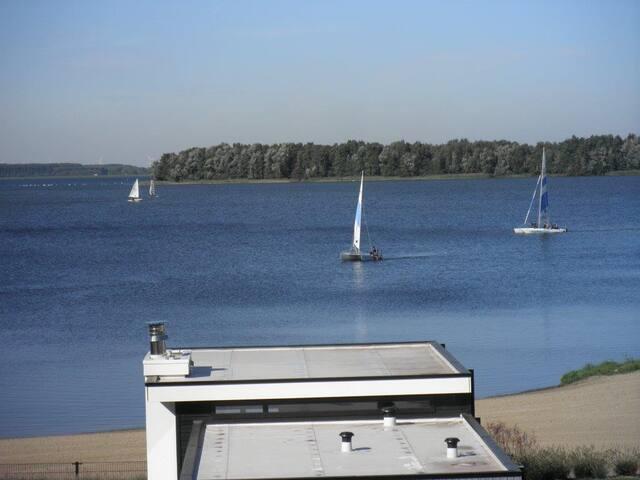 Sailing on the Veluwe lake