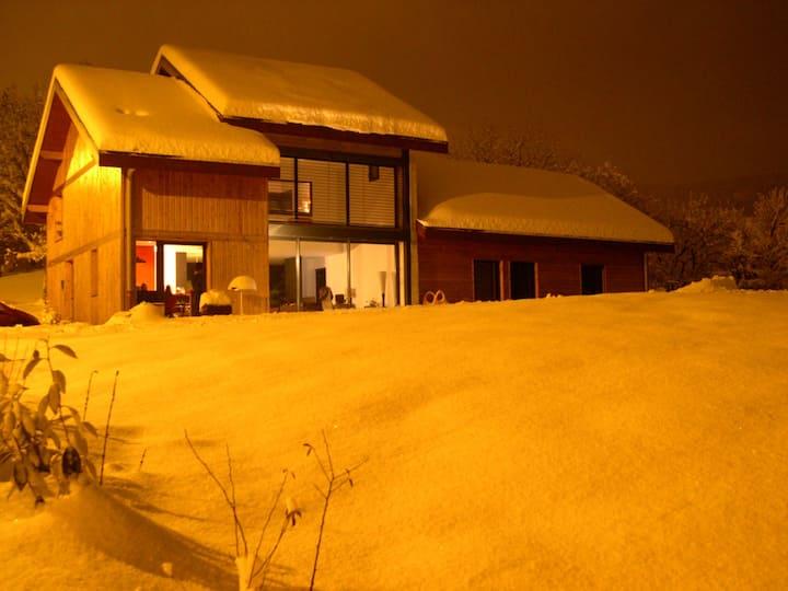Maison à 6km d'Annecy à la campagne
