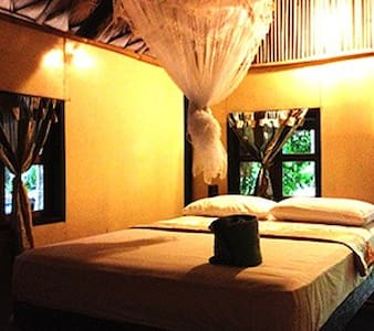 Privately located Bungalow - CHILL - Ko Li Pe - Bed & Breakfast