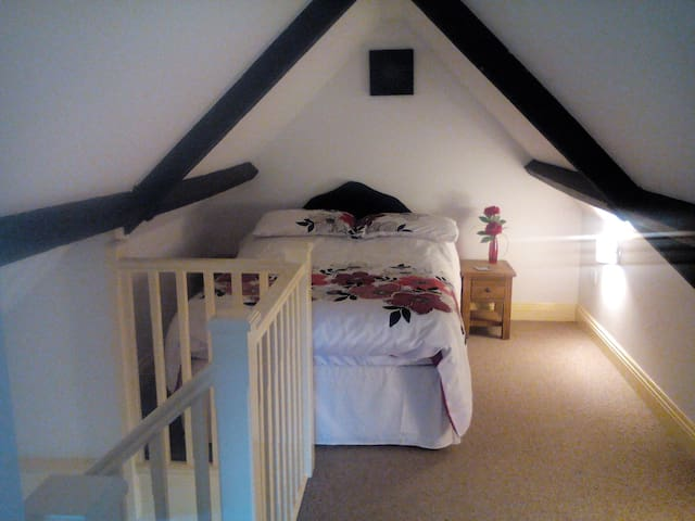Pikes Barn, self catering in Taunton.